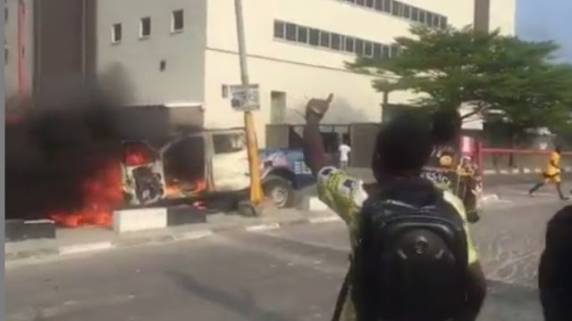 Xenophobia: Police kill protester in Lagos as angry mob set van ablaze
