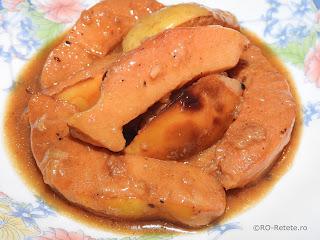 Reteta mancare de gutui de post taraneasca traditionala romaneasca retete culinare de mancaruri dulci cu fructe,