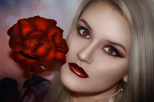 Beauty Tips - खूबसूरत चेहरा पानी के लिए क्या क्या करे