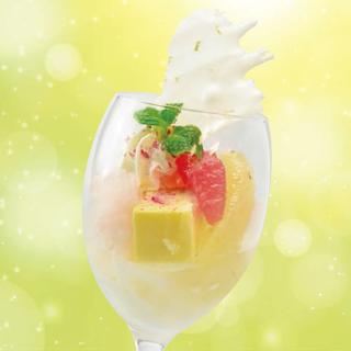 桜香るグレープフルーツとミルクソルベのクープ(2018春)