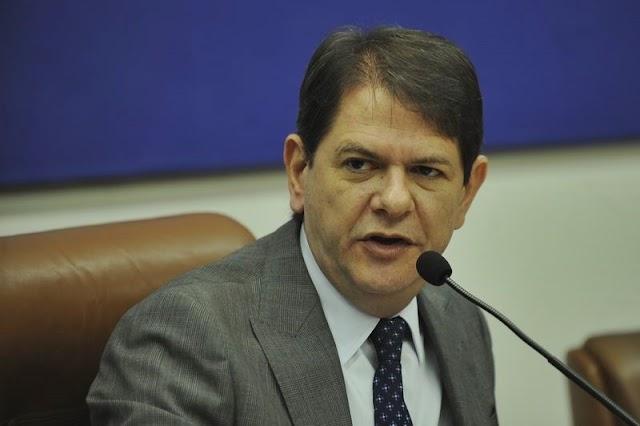 """""""Vou disputar o Senado"""", diz Cid Gomes"""