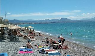 Λουτράκι: Αυτός είναι ο άνδρας που φωτογράφιζε ανήλικα παιδιά στην παραλία Λουτρακίου - ΦΩΤΟ
