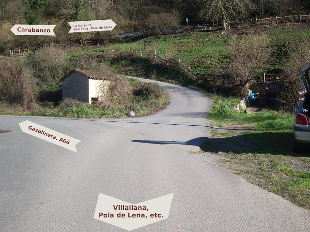 Indicaciones desde la Fuente de Castiello, Lena, Asturias.
