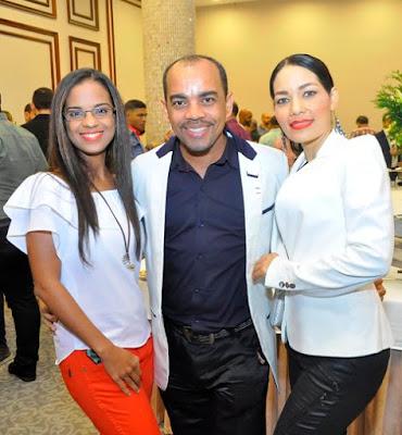 Fanny Leticia Alvarez, Bester Alvarez y Rosa Maria Lopez.-