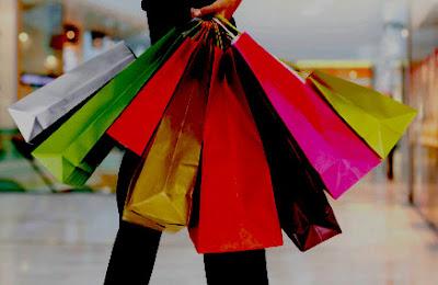 8 Alasan Mengapa Wanita Suka Belanja