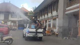 TNI Kembali Semprotkan Eco Enzyme Di Kawasan Ubud