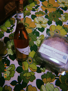 South african lifestyle blog, woolworths birthday cake, woolworths sparkling wine