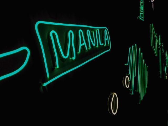 Manila neon sign