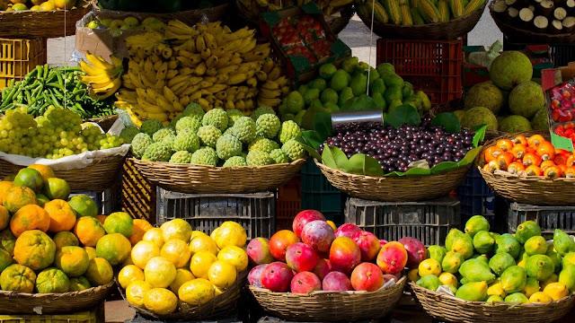 Menjaga Pola Makan untuk Kulit Berjerawat