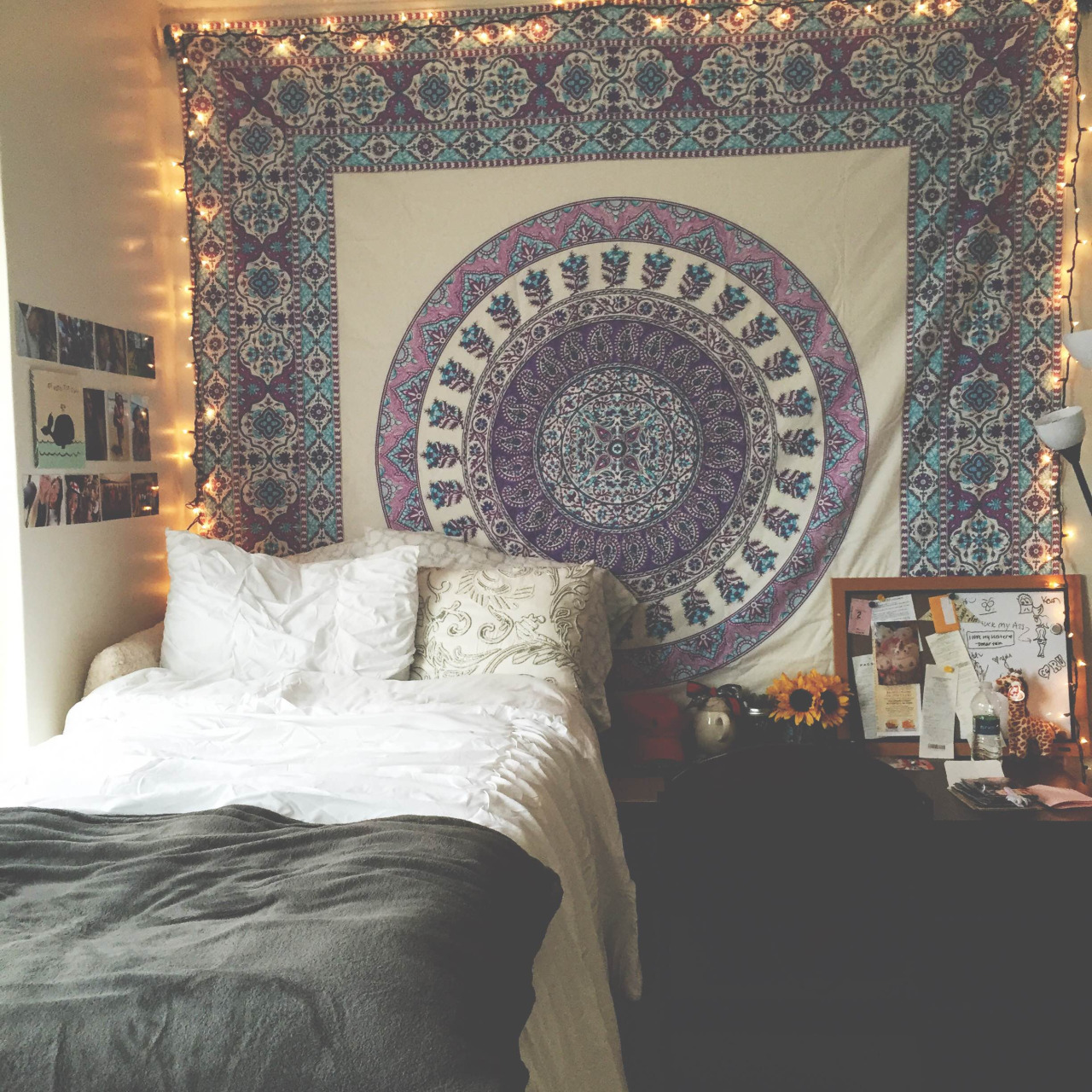 Cottage and vine dorm room inspiration for Room inspiration bedroom