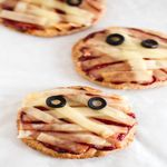 Halloween Recipe: Mini Vegan Mummy Pizzas