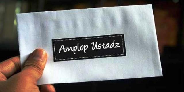 Amplop Sang Ustadz