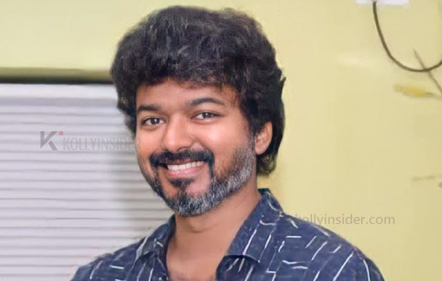 Vijay meets his fan club members at Chennai