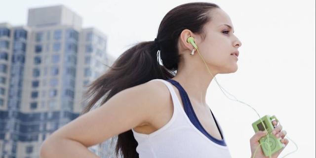8 Efek Mendengarkan Musik Ketika Berolahraga