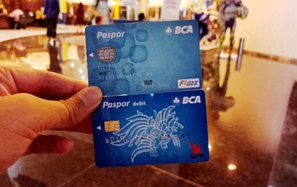 Buka Rekening BCA Online Kartu Debit Langsung Jadi?