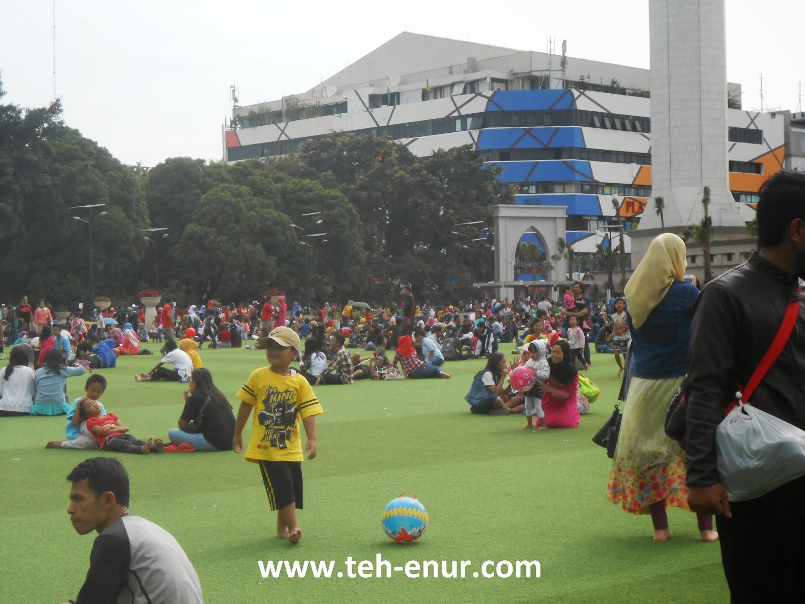 Kumpulan foto-foto Alun-alun kota Bandung - Alun-alun
