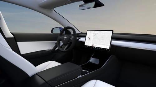Apple continues to develop autonomous car chips