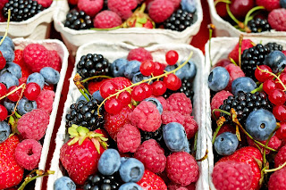 Berries good source of Vitamins
