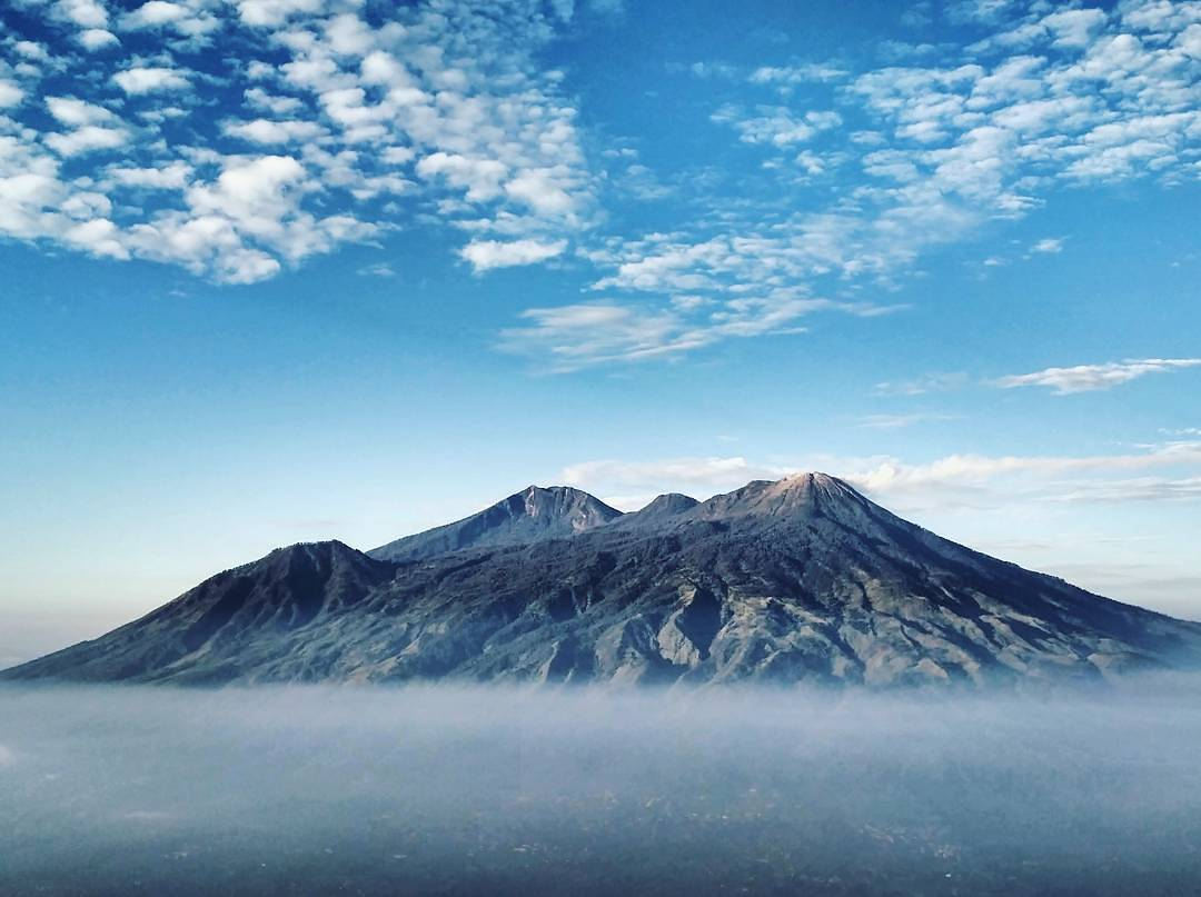 gunung arjuno Welirang malang foto oleh backpakerjakarta