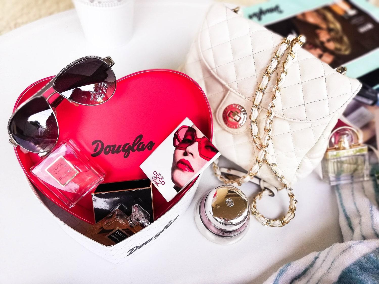 jakie-perfumy-na-prezent
