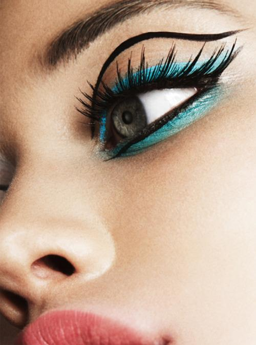 stylish eye make up vol 1 fashion and culture. Black Bedroom Furniture Sets. Home Design Ideas