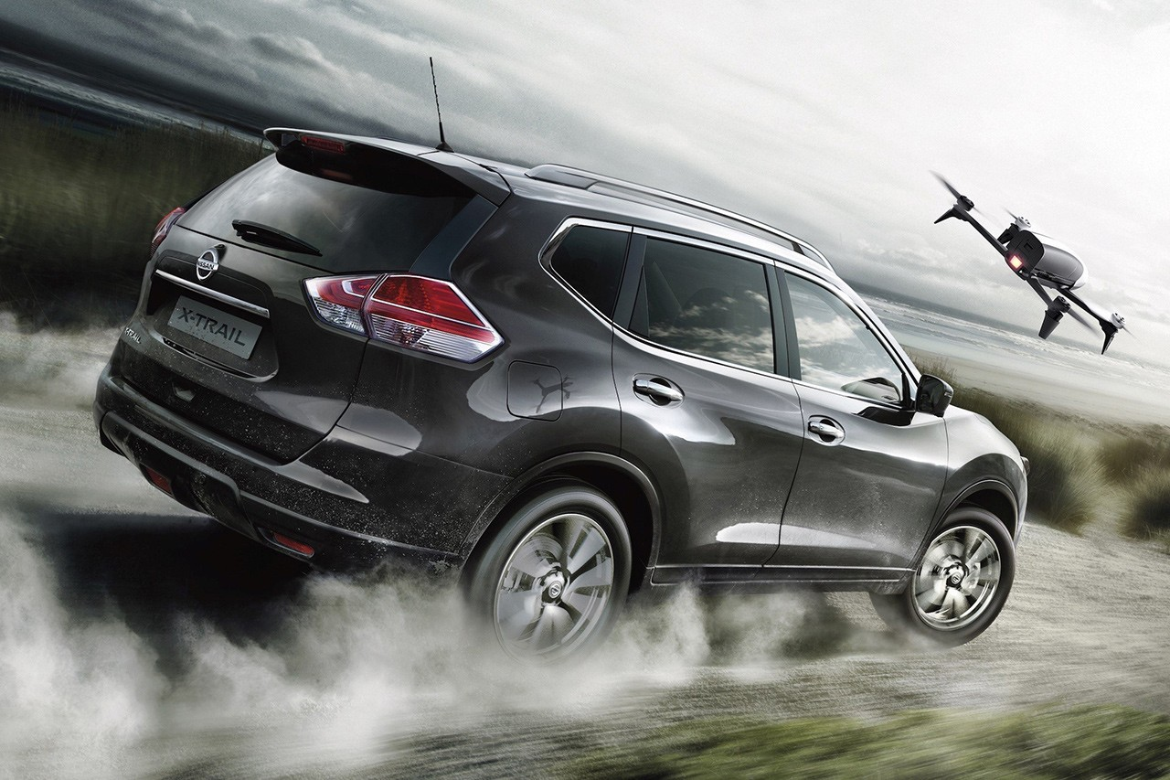 Nissan X-Trail X-Scape rearview