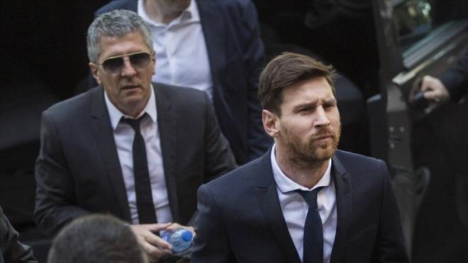 Hé lộ trao đổi giữa Messi và Guardiola, sắp chốt hợp đồng với Man City?