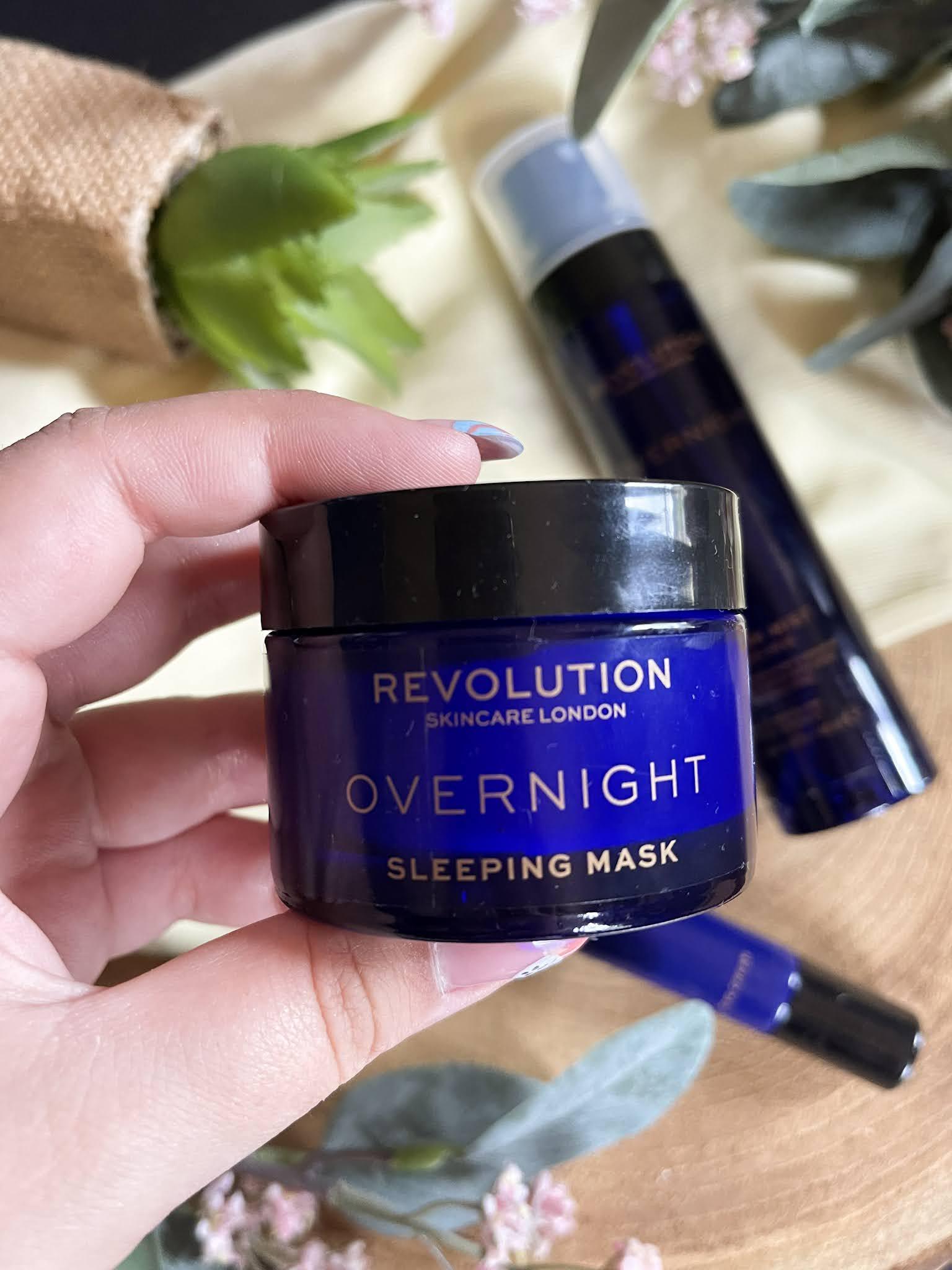 Mascarilla de noche Overnight de Revolution Skincare