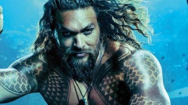 O mais novo filme do Universo DC, Aquaman, está surfando na onda chamada bilheteria. No ultimo final de semana (28 a 30 de dezembro de 2018) o filme pescou US$ 51 milhões apenas nos Estados Unidos, liderando assim o primeiro lugar durante duas semanas seguidas nos cinemas americanos.
