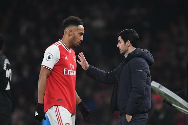 Aubameyang quyết rời Arsenal: MU - Chelsea gây sốc, bi kịch Sanchez - Van Persie? 1