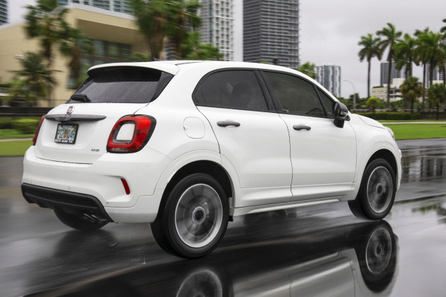 2021 FIAT 500X Review
