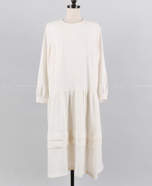 Jewel Neck Loose Fit Midi Dress