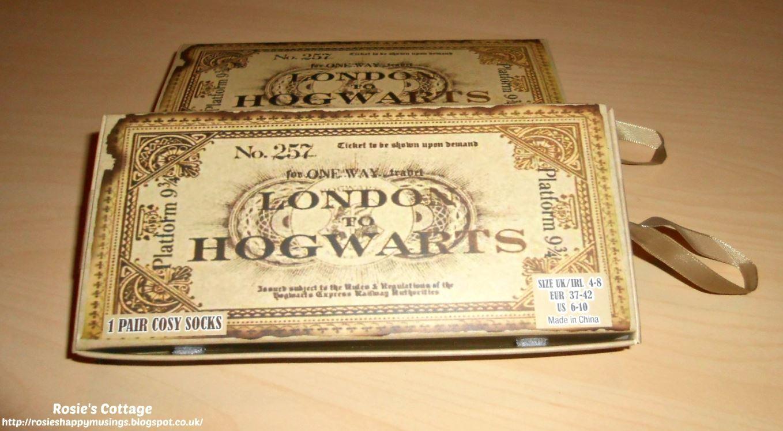PRIMARK HARRY POTTER HOGWARTS TRAIN TICKET PLATFORM 9 3//4 BOXED SOCKS GIFT SET
