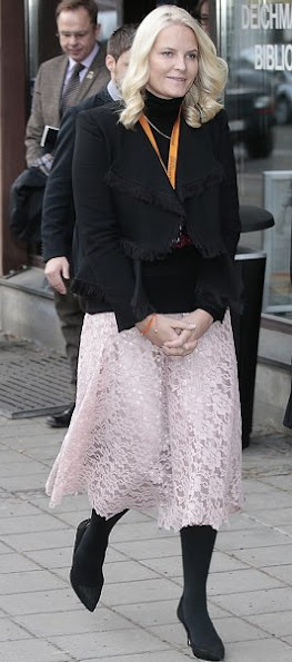 Crown Princess Mette Marit wore Chloe Fringed Jacquard Jacket and wore Yvonne Koné Pumps, Valentino lace Skirt
