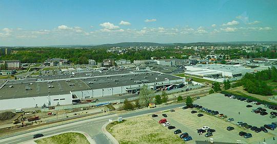 Centra handlowe na terenie dawnej fabryki Solvay.