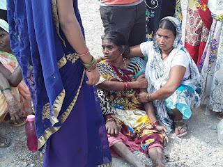 जलालपुर में बवाल, भीड़ ने पुलिस पर किया हमला, थानाध्यक्ष सहित छह पुलिसकर्मी, दो पत्रकार घायल | #NayaSaveraNetwork
