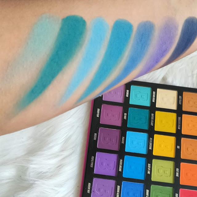 Paleta Brigh Matte de 42 sombras de Beauty Bay 09