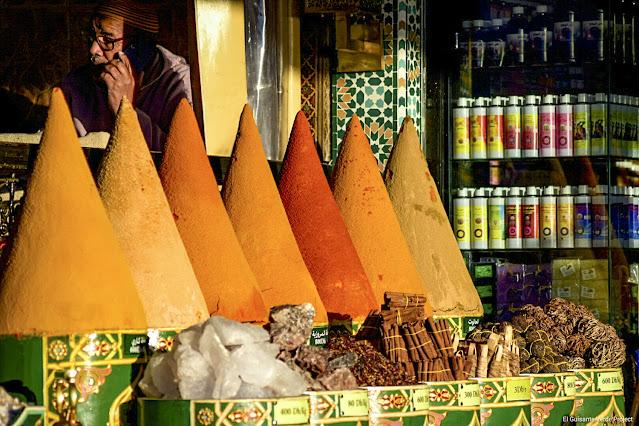 Marrakech, especias en Yamaa El Fna, por El Guisante Verde Project