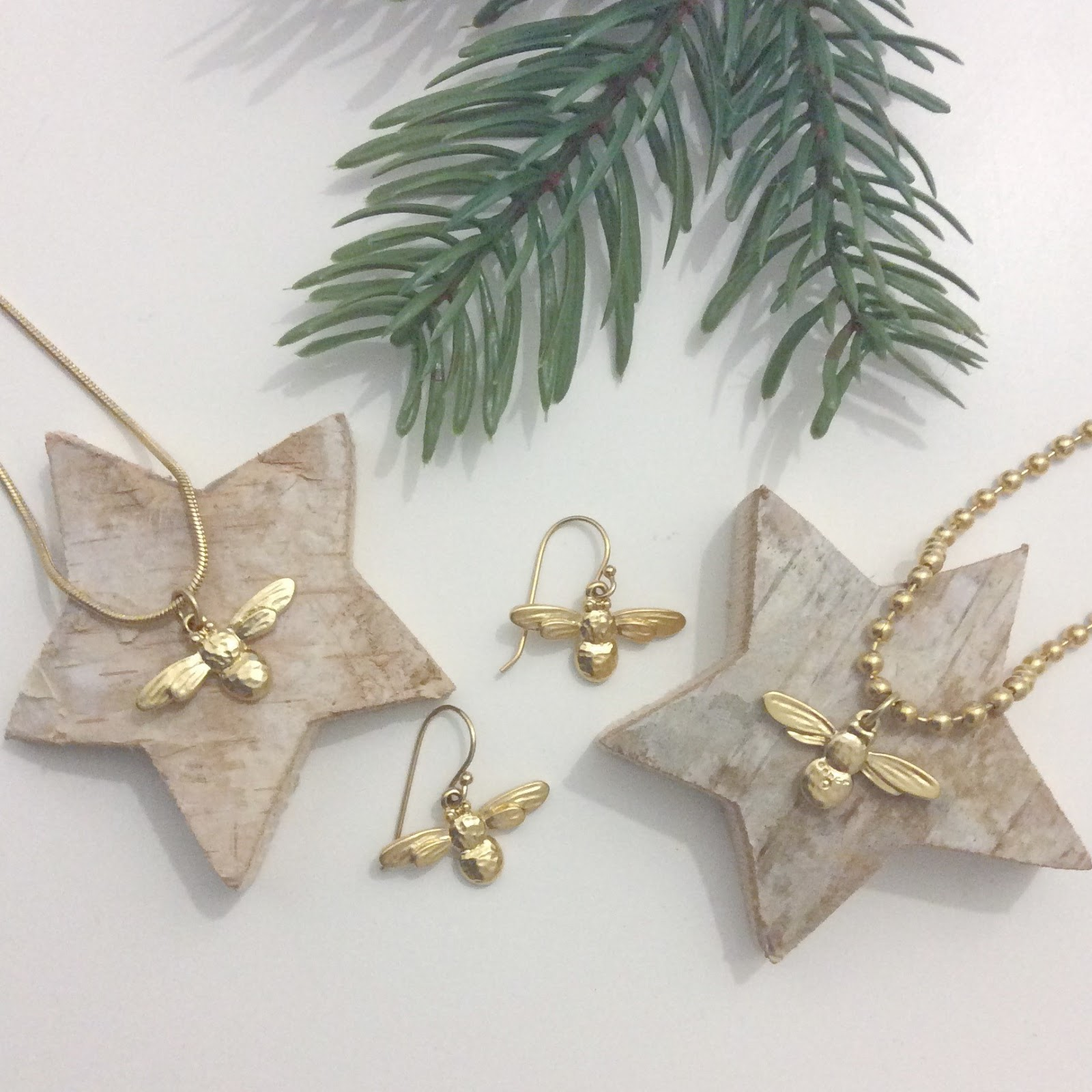 Christmas gift guide. Black friday discount, Danon  bee jewellery at Lizzy O