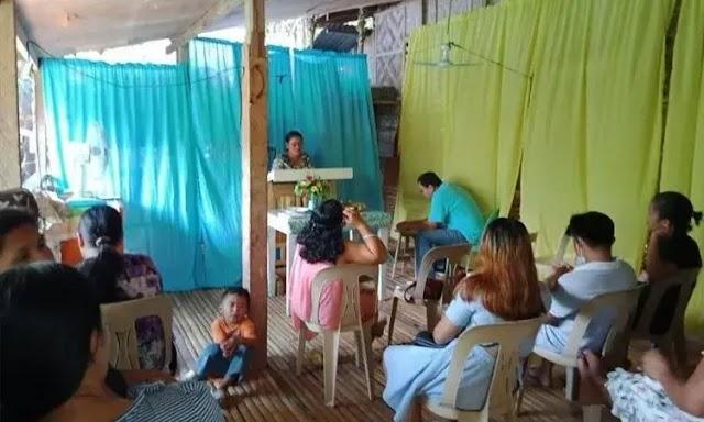 Cristãos encontraram uma nova maneira de cultuar nas Filipinas