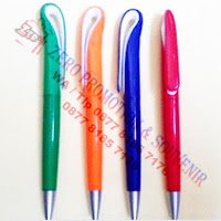 Souvenir pen Angsa