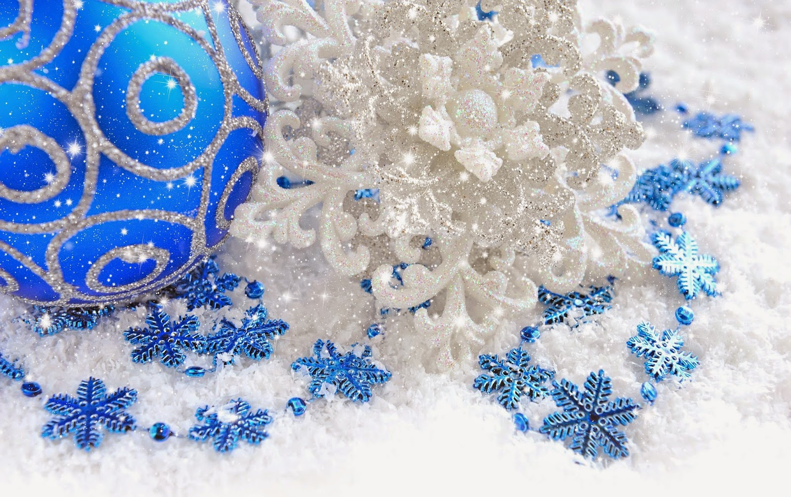 Blue-color-baubles-with-silver-snow-design-white-background-HD-wallpaper.jpg