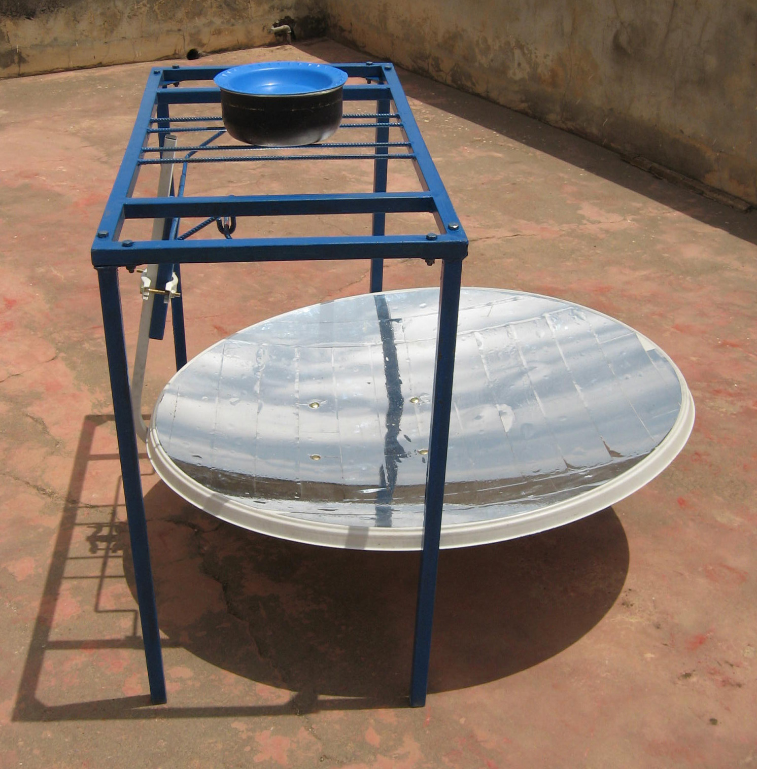cr ation d un laboratoire energie solaire au lyc e de n dande s n gal. Black Bedroom Furniture Sets. Home Design Ideas