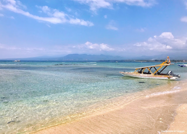 spiaggia gili air indonesia
