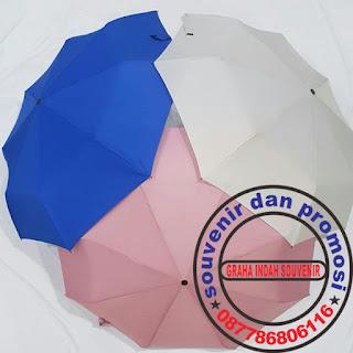 souvenir payung perusahaan