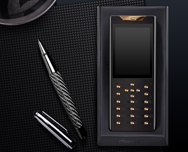 Gresso Meridian: The premium feature phone made of gold and titanium marks the luxury and simplicity