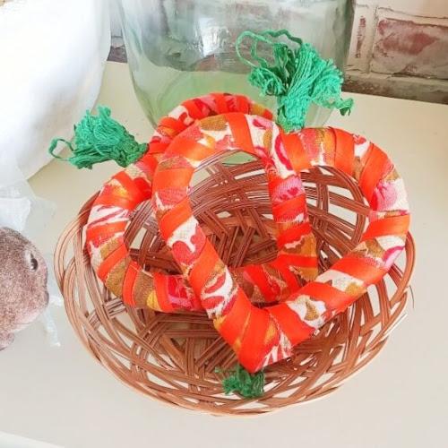 DIY Heart Carrots