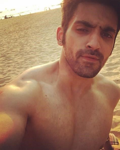 arjit taneja body