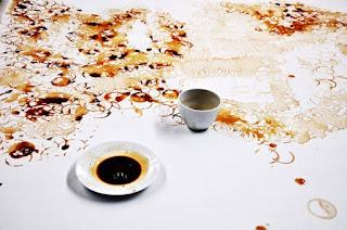 Proceso de su obra con café