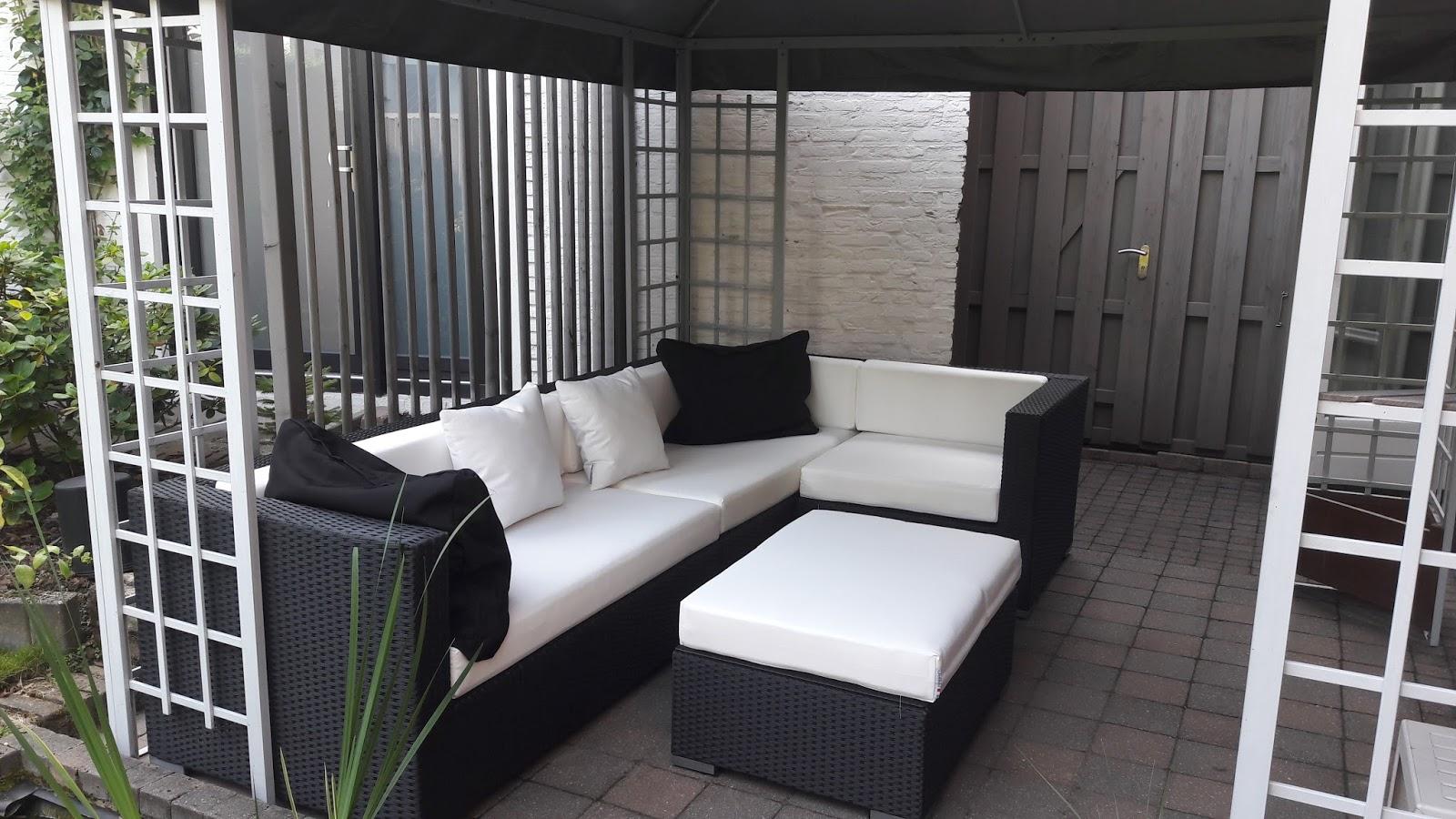Arbrini design tuinmeubelen - Moderne zwart witte lounge ...